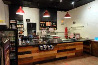 Photo 6: 1239 PACIFIC Boulevard in West Vancouver: Yaletown Business for sale (Vancouver West)  : MLS®# C8037274