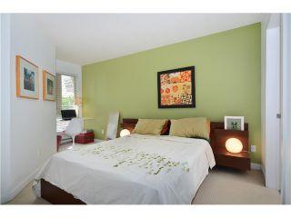 """Photo 6: 403 405 SKEENA Street in Vancouver: Renfrew VE Condo for sale in """"JASMINE"""" (Vancouver East)  : MLS®# V1008189"""
