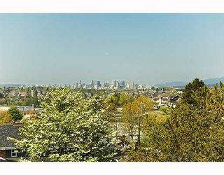 """Photo 8: 23 1203 MADISON Avenue in Burnaby: Willingdon Heights Townhouse for sale in """"MADISON GARDENS"""" (Burnaby North)  : MLS®# V667681"""