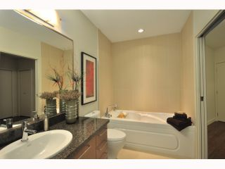 """Photo 7: 310 2008 E 54TH Avenue in Vancouver: Fraserview VE Condo for sale in """"CEDAR54"""" (Vancouver East)  : MLS®# V819372"""