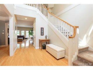 Photo 2: 7380 Ridgedown Crt in SAANICHTON: CS Saanichton House for sale (Central Saanich)  : MLS®# 709937