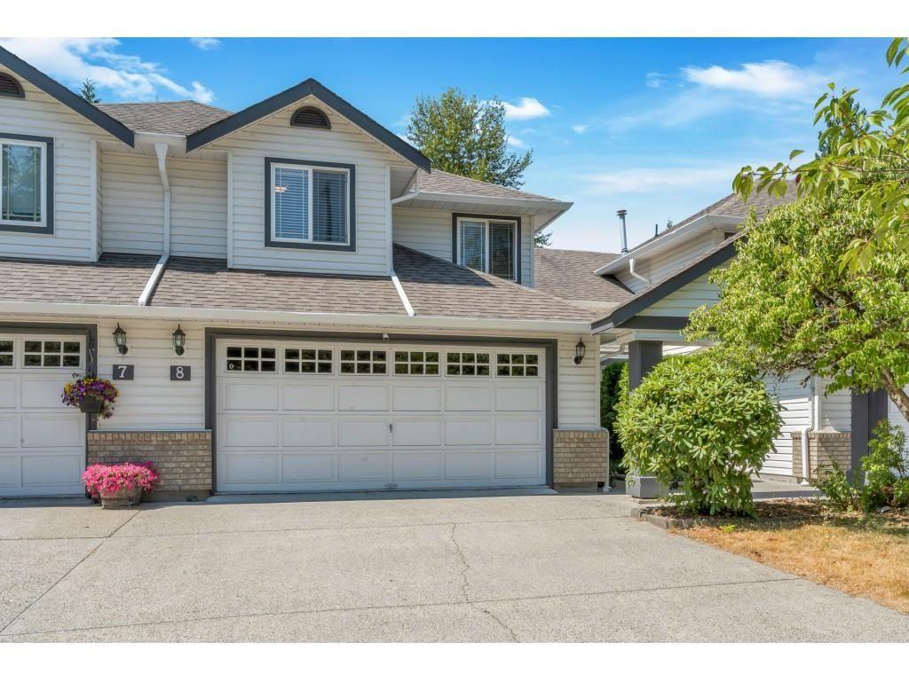 Main Photo: 8 11355 COTTONWOOD Drive in Maple Ridge: Cottonwood MR Townhouse for sale : MLS®# R2605916