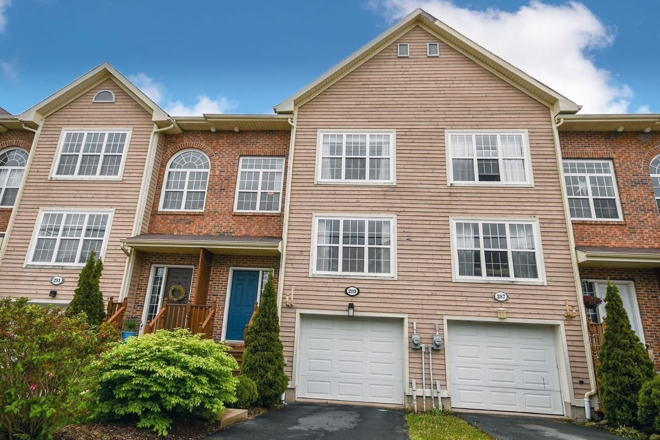 Main Photo: 289 Rutledge Street in Bedford: 20-Bedford Residential for sale (Halifax-Dartmouth)  : MLS®# 202113819