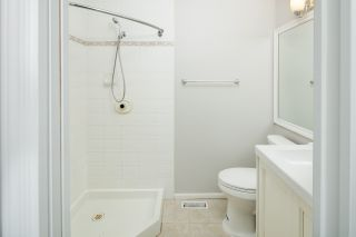 """Photo 13: 39 8716 WALNUT GROVE Drive in Langley: Walnut Grove Townhouse for sale in """"WILLOW ARBOUR"""" : MLS®# R2399861"""