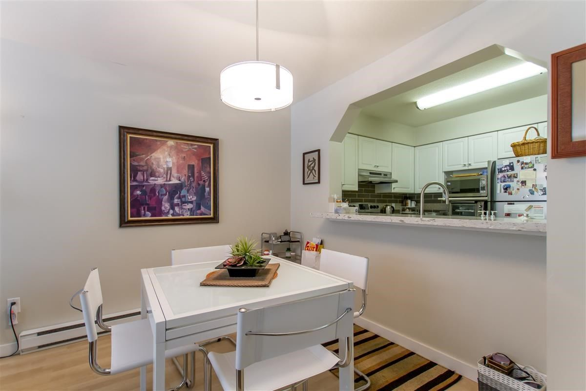 """Photo 6: Photos: 111 3770 MANOR Street in Burnaby: Central BN Condo for sale in """"CASCADE WEST"""" (Burnaby North)  : MLS®# R2398930"""