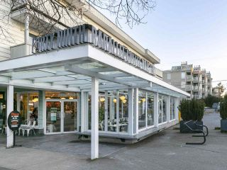 """Photo 26: 403 1978 VINE Street in Vancouver: Kitsilano Condo for sale in """"THE CAPERS BUILDING"""" (Vancouver West)  : MLS®# R2593406"""