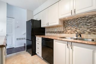 "Photo 3: 39 21960 RIVER Road in Maple Ridge: West Central Townhouse for sale in ""Foxborough Hills"" : MLS®# R2204408"