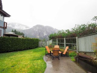 "Photo 17: 1005 PANORAMA Place in Squamish: Hospital Hill House for sale in ""Hospital Hill"" : MLS®# R2442448"