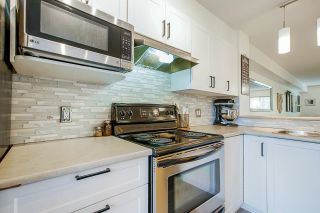 """Photo 13: 69 15155 62 A Avenue in Surrey: Sullivan Station Townhouse for sale in """"Oaklands"""" : MLS®# R2608117"""