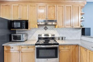 """Photo 8: 42 18181 68 Avenue in Surrey: Cloverdale BC Townhouse for sale in """"Magnolia"""" (Cloverdale)  : MLS®# R2568786"""