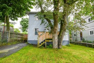 Photo 1: 14 Grove Street in Dartmouth: 10-Dartmouth Downtown To Burnside Residential for sale (Halifax-Dartmouth)  : MLS®# 202118544