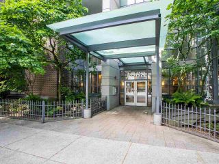 """Photo 9: 2605 1068 HORNBY Street in Vancouver: Downtown VW Condo for sale in """"THE CANADIAN AT WALL CENTRE"""" (Vancouver West)  : MLS®# R2585193"""