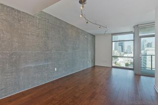Photo 2: DOWNTOWN Condo for rent : 1 bedrooms : 800 The Mark Ln #1002 in San Diego