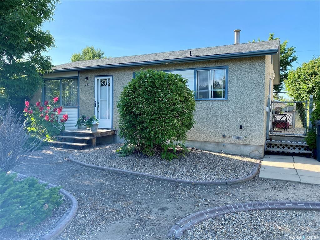 Main Photo: 232 29th Street in Battleford: Residential for sale : MLS®# SK854006