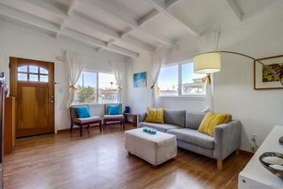 Photo 4: IMPERIAL BEACH House for sale : 2 bedrooms : 362 Elm Ave