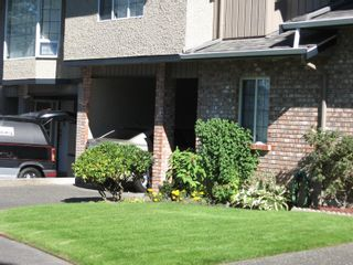 Photo 3: 14 3341 Mary Anne Cres in Colwood: Co Triangle Row/Townhouse for sale : MLS®# 887452
