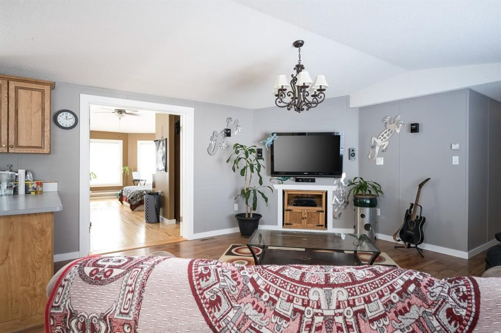 Photo 7: Photos: 118 Woodward Crescent: Anzac Detached for sale : MLS®# A1062544