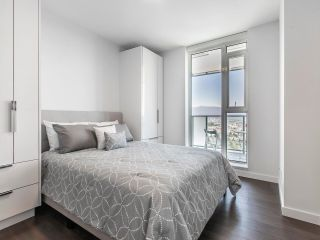 """Photo 11: 2205 285 E 10TH Avenue in Vancouver: Mount Pleasant VE Condo for sale in """"The Independent"""" (Vancouver East)  : MLS®# R2599683"""