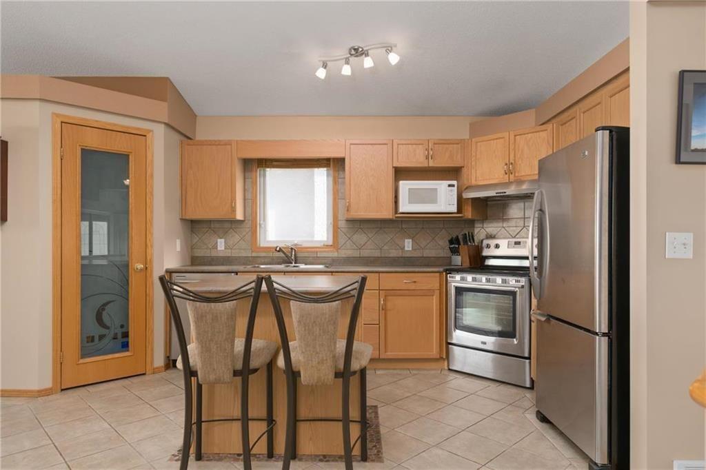 Photo 5: Photos: 182 Fulton Street in Winnipeg: Residential for sale (2F)  : MLS®# 202025501