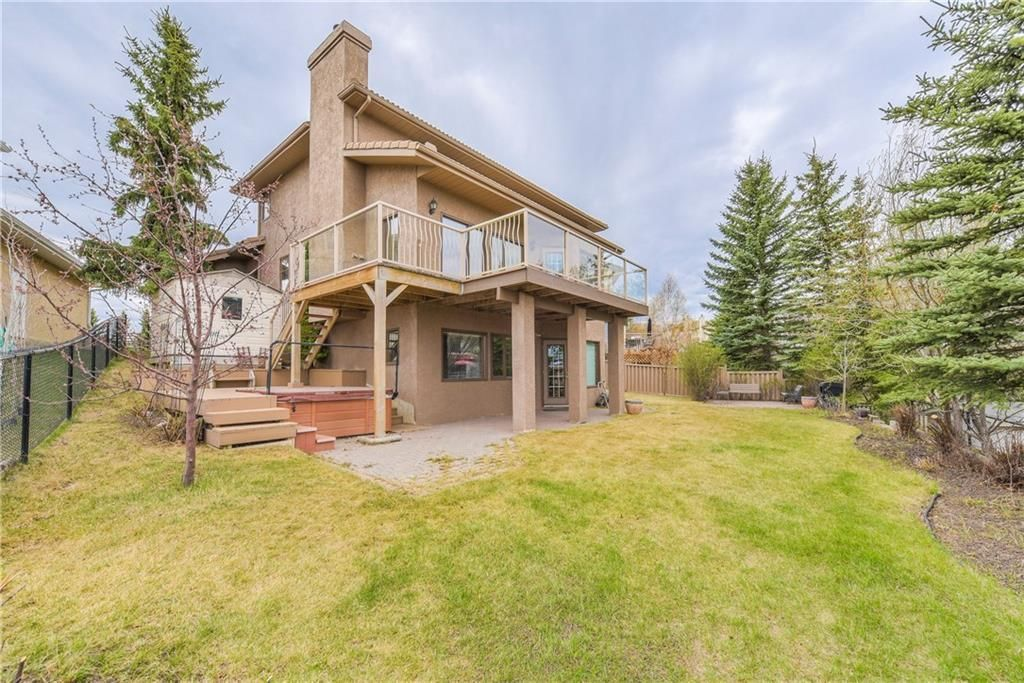 Photo 3: Photos: 2603 SIGNAL RIDGE View SW in Calgary: Signal Hill House for sale : MLS®# C4177922