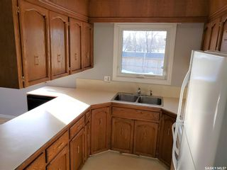 Photo 9: 51 Fuhrmann Crescent in Regina: Walsh Acres Residential for sale : MLS®# SK839437