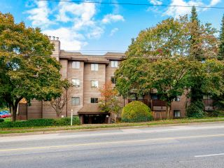 """Photo 2: 306 2215 DUNDAS Street in Vancouver: Hastings Condo for sale in """"Harbour Reach"""" (Vancouver East)  : MLS®# R2624981"""