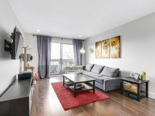 "Photo 2: 209 440 E 5TH Avenue in Vancouver: Mount Pleasant VE Condo for sale in ""Landmark Manor"" (Vancouver East)  : MLS®# R2156153"