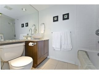 """Photo 13: 1505 989 BEATTY Street in Vancouver: Yaletown Condo for sale in """"NOVA"""" (Vancouver West)  : MLS®# V914855"""