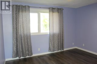 Photo 11: 944 Kettles Street in Pincher Creek: House for sale : MLS®# A1142378