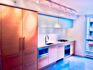 """Photo 3: 301 150 E CORDOVA Street in Vancouver: Downtown VE Condo for sale in """"INGASTOWN"""" (Vancouver East)  : MLS®# R2611640"""