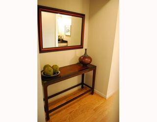 """Photo 8: 404 1688 CYPRESS Street in Vancouver: Kitsilano Condo for sale in """"YORKVILLE SOUTH"""" (Vancouver West)  : MLS®# V797521"""