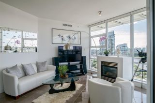"Photo 8: 1702 638 BEACH Crescent in Vancouver: Yaletown Condo for sale in ""ICON"" (Vancouver West)  : MLS®# R2274580"