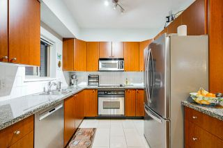 Photo 5: Listing provided by RE/MAX Crest Realty and Sutton Centre Realty
