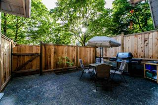 """Photo 2: 18 7488 SALISBURY Avenue in Burnaby: Highgate Townhouse for sale in """"WINSTON GARDENS"""" (Burnaby South)  : MLS®# R2197419"""