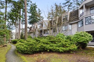"""Photo 19: 208 1740 SOUTHMERE Crescent in Surrey: Sunnyside Park Surrey Condo for sale in """"CAPSTAN WAY"""" (South Surrey White Rock)  : MLS®# R2234787"""