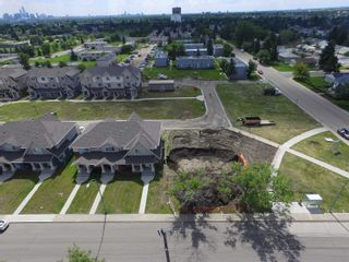 Photo 17: 13147 132 Street NW in Edmonton: Zone 01 Townhouse for sale : MLS®# E4264581