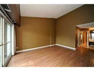 Photo 5: 1405 201 BRAEGLEN Close SW in CALGARY: Braeside Braesde Est Condo for sale (Calgary)  : MLS®# C3438146