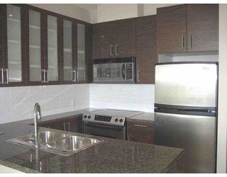 """Photo 3: 2102 2355 MADISON Avenue in Burnaby: Central BN Condo for sale in """"OMA"""" (Burnaby North)  : MLS®# V668607"""