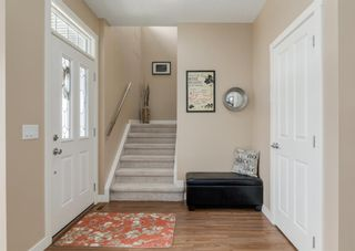 Photo 2: 44 ELGIN MEADOWS Manor SE in Calgary: McKenzie Towne Detached for sale : MLS®# A1103967