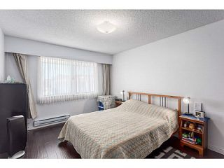 "Photo 5: 205 6904 FRASER Street in Vancouver: South Vancouver Condo for sale in ""CASA BLANCA"" (Vancouver East)  : MLS®# V1138535"
