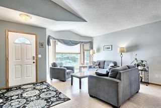 Photo 2: 64 Scripps Landing NW in Calgary: Scenic Acres Detached for sale : MLS®# A1122118