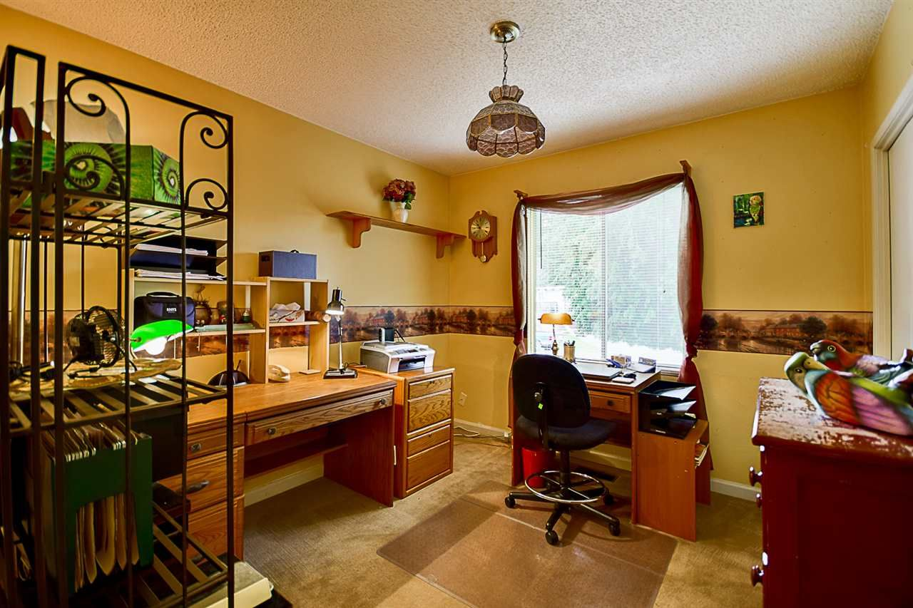 """Photo 12: Photos: 10969 86A Avenue in Delta: Nordel House for sale in """"Nordel"""" (N. Delta)  : MLS®# R2135057"""