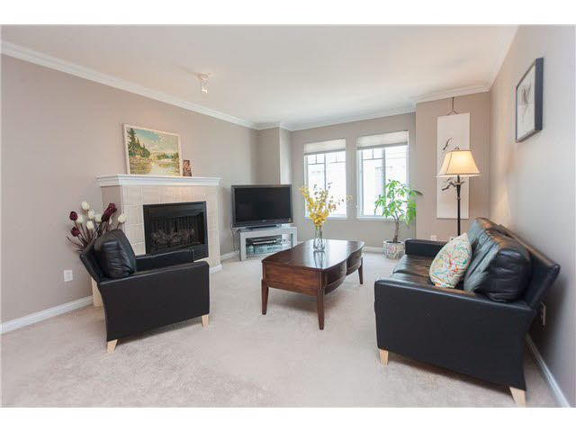 """Photo 7: Photos: 113 12040 68 Avenue in Surrey: West Newton Townhouse for sale in """"TERRANE"""" : MLS®# F1446726"""
