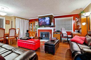 Photo 5: 205 7165 133 Street in Surrey: West Newton Townhouse for sale : MLS®# R2123385