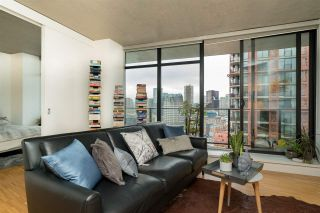 """Photo 15: 2606 108 W CORDOVA Street in Vancouver: Downtown VW Condo for sale in """"WOODWARDS"""" (Vancouver West)  : MLS®# R2237900"""
