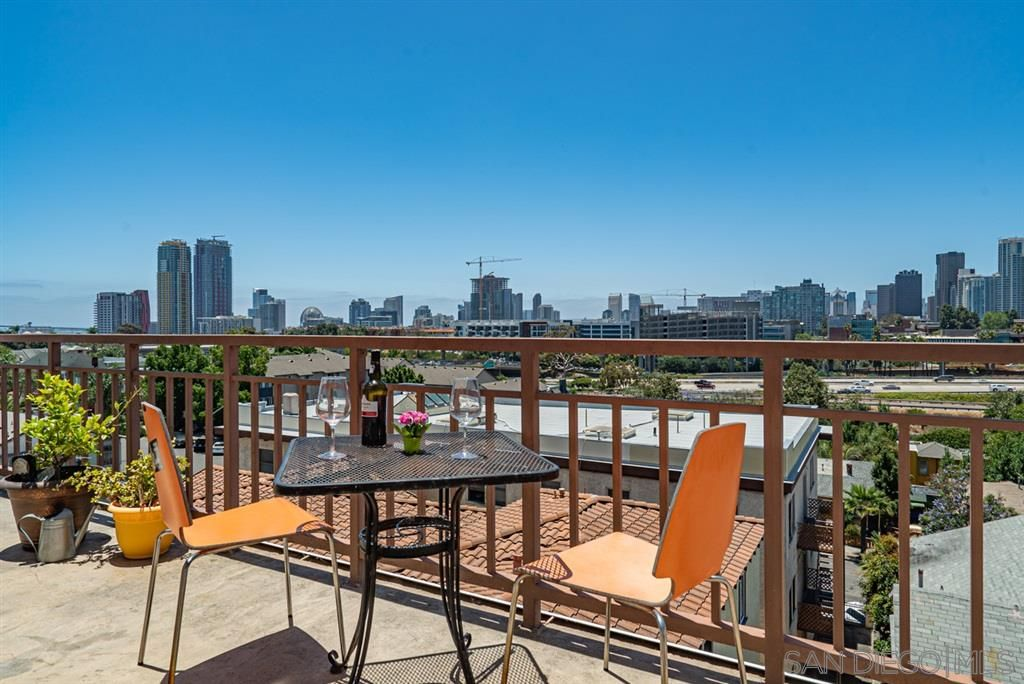 Main Photo: DOWNTOWN Condo for sale : 2 bedrooms : 1150 21St St #26 in San Diego