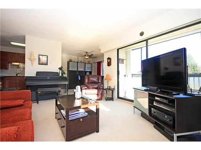 """Photo 6: Photos: 204 2425 SHAUGHNESSY Street in Port Coquitlam: Central Pt Coquitlam Condo for sale in """"SHAUGHNESSY PLACE"""" : MLS®# V1133706"""