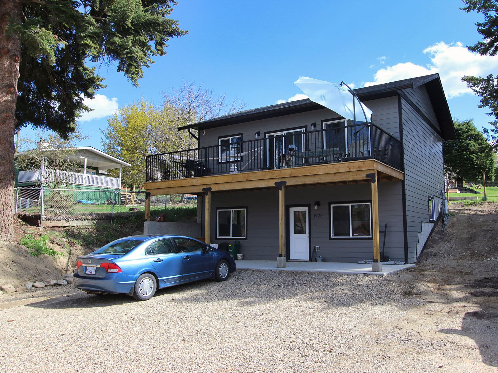 Photo 3: Photos: 1920 SE Okanagan Avenue in Salmon Arm: South East Salmon Arm House for sale : MLS®# 10204567