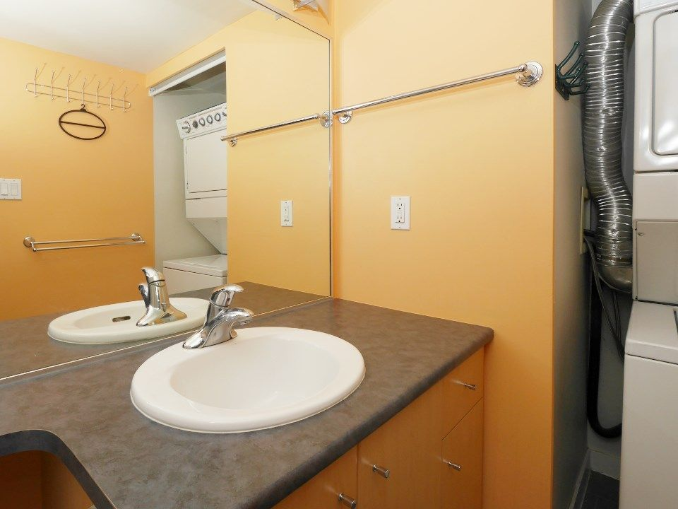 """Photo 19: Photos: 315 2768 CRANBERRY Drive in Vancouver: Kitsilano Condo for sale in """"ZYDECO"""" (Vancouver West)  : MLS®# R2566057"""