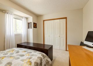 Photo 13: 136 MT ABERDEEN Manor SE in Calgary: McKenzie Lake Row/Townhouse for sale : MLS®# A1109069